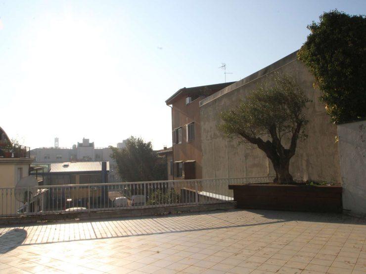Fantastico appartamento pentalocale con terrazzo di 176 mq